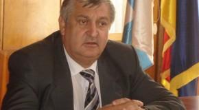 Daniel Drăgulin, nemuţumit de unii salariaţi ai primăriei municipiului Călăraşi