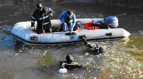 Intervenţie pentru căutarea a doi copii înecaţi în râul Argeş