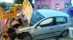 """Un nou accident rutier in intersectia de la """"Vladut"""""""