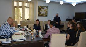 """COMUNICAT DE PRESĂ Privind vizita a cinci elevi ai Liceului Danubius în cadrul proiectului """"Ziua porților deschise pentru liceeni"""""""